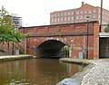 Bridge 91 over Rochdale Canal - geograph.org.uk - 1511597.jpg