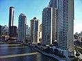 Brisbane Skyskrapers from the Brige - panoramio.jpg
