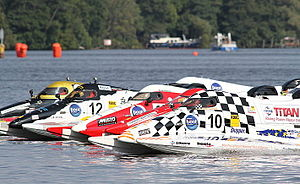 Inshore powerboat racing - Brodenbach F-4s start