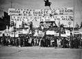 Buenos Aires - Balvanera - Manifestación por el voto femenino en 1948.jpg