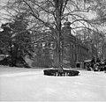 Bundesarchiv B 145 Bild-F052624-0004, Eifel, Schloss Gymnich im Winter.jpg