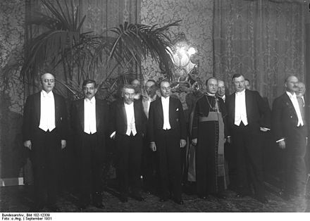 Premier Laval is second from left, at a 1931 diplomatic function in Germany Bundesarchiv Bild 102-12339, Berlin, Reichskanzlei, Besuch franzosischer Minister.jpg