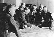 Bundesarchiv Bild 183-B24543, Hauptquartier Heeresgruppe Süd, Lagebesprechung