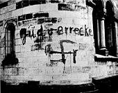 Bundesarchiv Bild 183-N0827-322, Düsseldorf, geschändete Synagoge.jpg