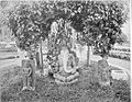 COLLECTIE TROPENMUSEUM Hindoeïstische beelden waaronder een stenen beeld van Ganesha in de tuin van de kraton van prins Mangkoe Negoro te Solo TMnr 60005059.jpg