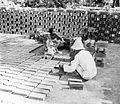 COLLECTIE TROPENMUSEUM Steenbakkerij te Waroe ten Zuiden van Soerabaja TMnr 10014172.jpg