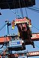 CT Altenwerder crane 290817.jpg