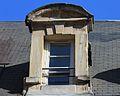 Caen 11 rue Caponière lucarne datée 1642.JPG