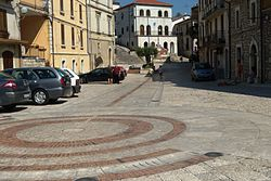 Campolattaro piazza.JPG