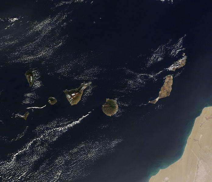 File:Canary Islands (11653511925).jpg