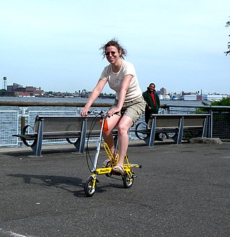 Portable bicycle - Image: Carry Me riding SCP jeh