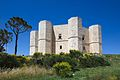 Castel del Monte Apulia.jpeg