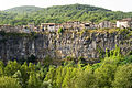 Castellfollit de la Roca - Vista frontal.jpg