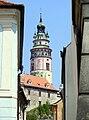Cesky Krumlov Tower from Nám. Svornosti.JPG