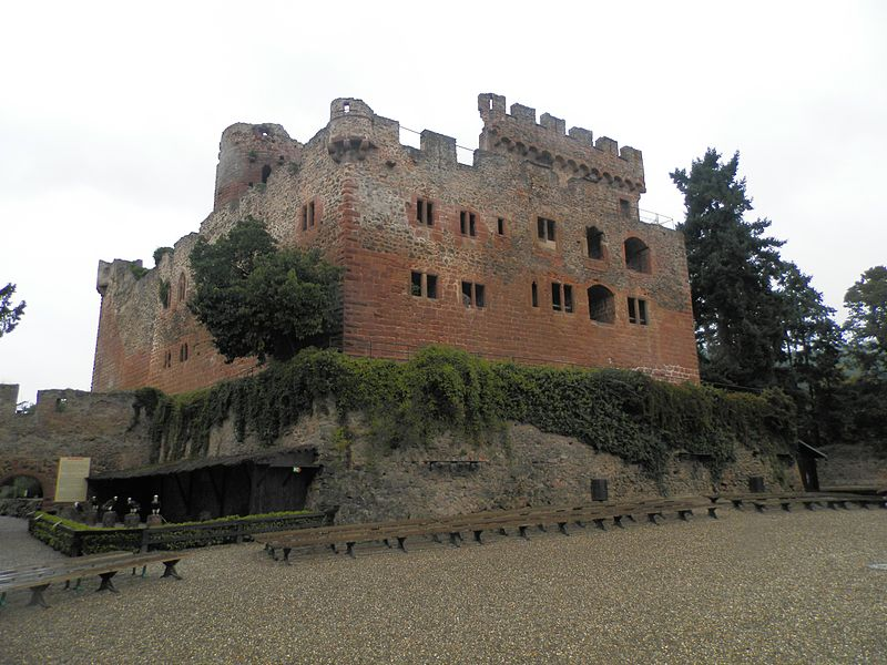 File:Château de Kintzheim.jpg
