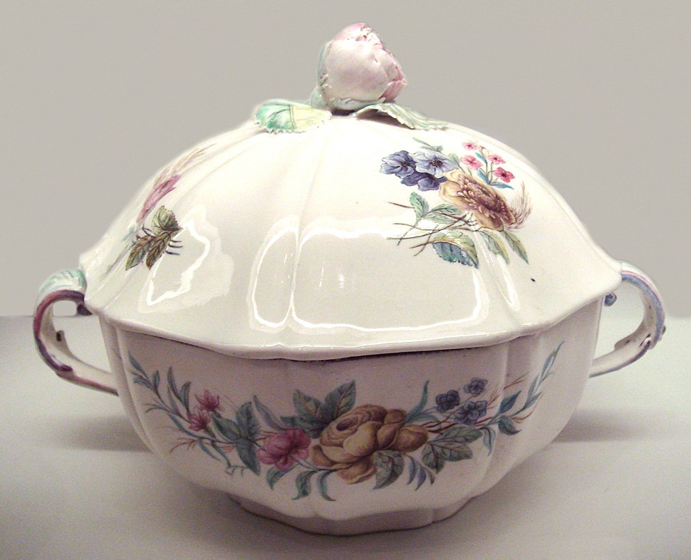 Chantilly porcelain 1750 1760