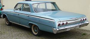 Sedan (automobile) - 1962 Chevrolet Impala, a typical notchback sedan