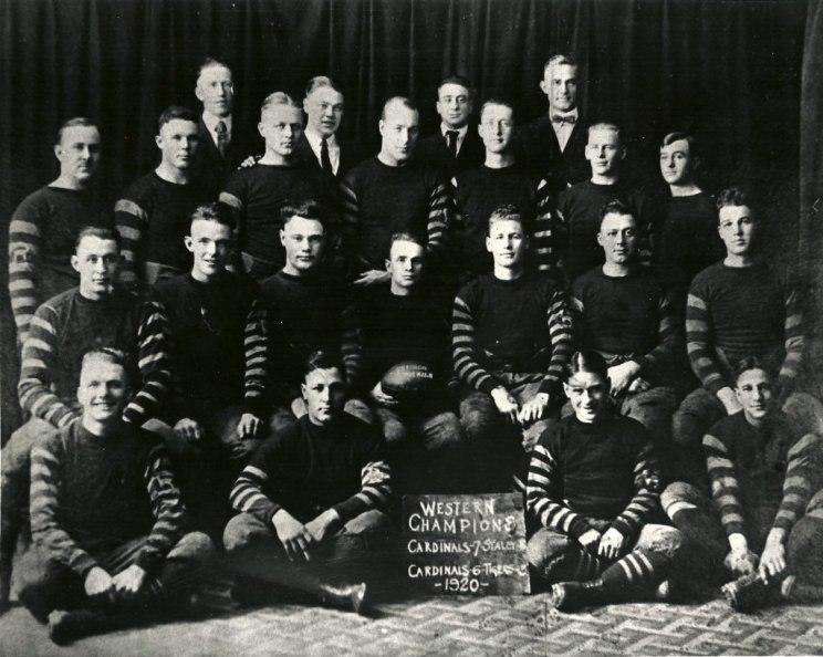Chicago Cardinals 1920.jpeg
