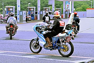 subculture about illegal driving with motorcycling in Japan