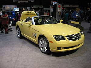 Chrysler Crossfire at a Chicago 2005 carshow.jpg