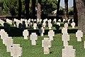 Cimitero militare Terdesco Pomezia 2011 by-RaBoe-099.jpg