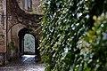 Civita di Bagnoregio Gate.jpg