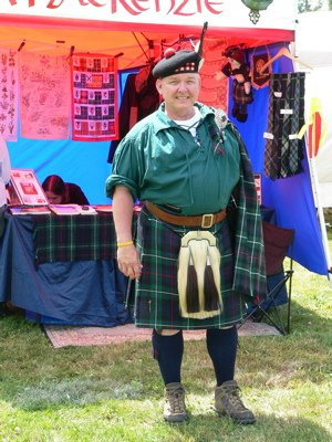 Kilt accessories - An example of the eclectic style often seen at modern-day Highland Games gatherings