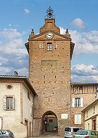 Clock tower of Verdun-sur-Garonne.jpg