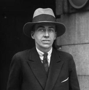 1927 International Pageant of Pulchritude - Judge Cornelius Vanderbilt Jr.