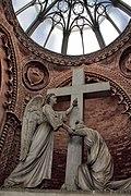 Cripta cimitero monumentale - Faenza, Italia.jpg