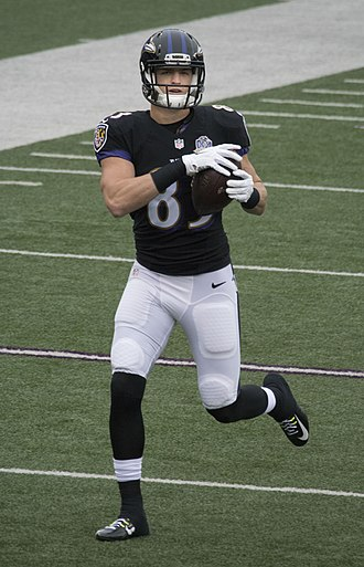 Daniel Brown (American football) - Brown with the Baltimore Ravens in 2015