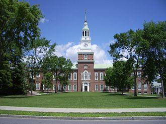Campus of Dartmouth College - Image: Dartmouth College campus 2007 06 23 Baker Memorial Library 01