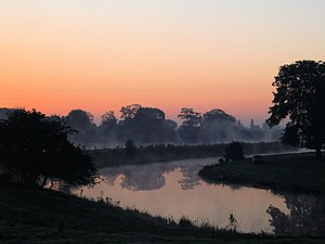 English: Dawn Dawn over the Old River Don at B...