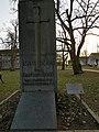 Denkmal für die Gefallenen der beiden Weltkriege Unterliederbach Vorderseite.jpg