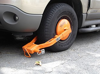 Wheel clamp - Wheel clamp as used by the Los Angeles Department of Transportation