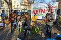 Die Band Heyn aus Pankow spielt beim Straßenfest zum letzten Flug von TXL (50579410218).jpg