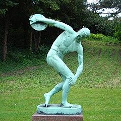 Bronze-Kopie des Diskobolos von Myron im Botanischen Garten Kopenhagen