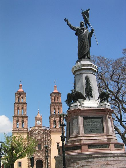 Statue of Hidalgo in front of his church at Dolores Hidalgo, Guanajuato Dolores hidalgo.jpg