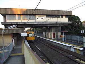 Doomben railway line - Doomben railway station