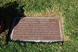 Dorothy Stratten grave at Westwood Village Memorial Park Cemetery in Brentwood, California.JPG