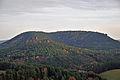 Drachenfels mit Heidenberg.jpg