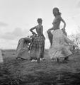 ETH-BIB-Dankali-Mädchen beim Tanzen-Abessinienflug 1934-LBS MH02-22-0776.tif