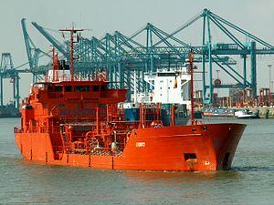 Ebro, Berendrecht locks, Antwerp, Belgium 13-Sep-2005.jpg
