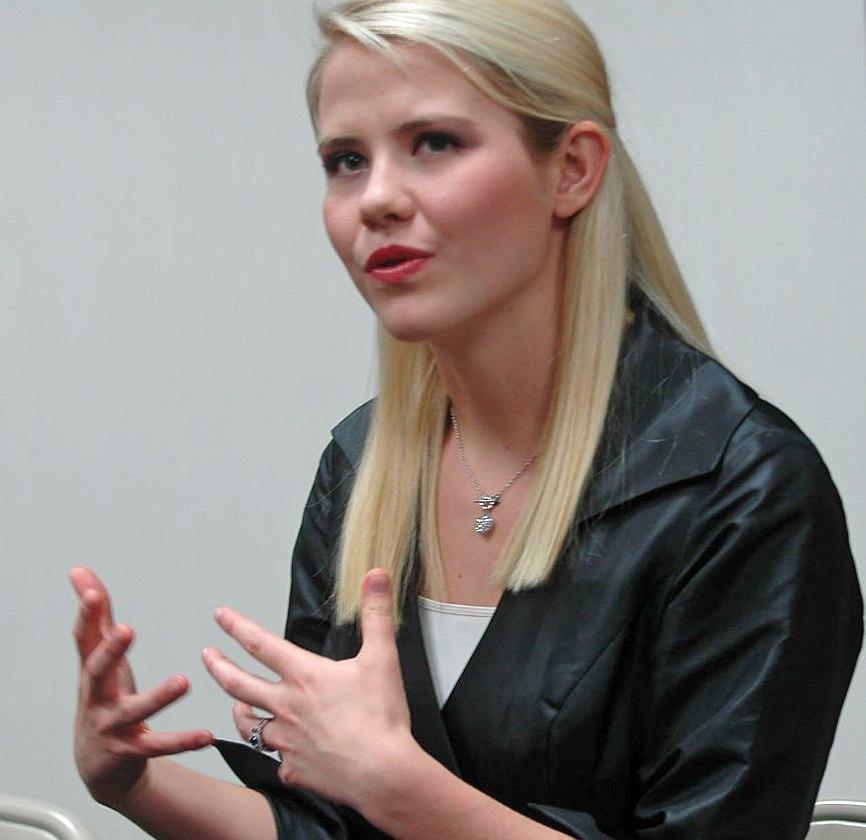 Elizabeth Smart Speaks About Overcoming Trauma