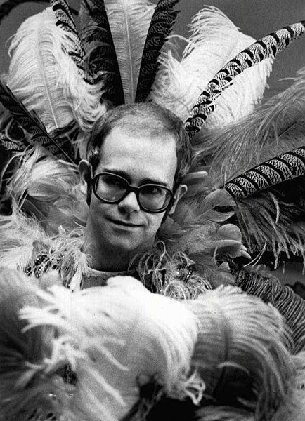 File:Elton john rock music awards 1975.JPG