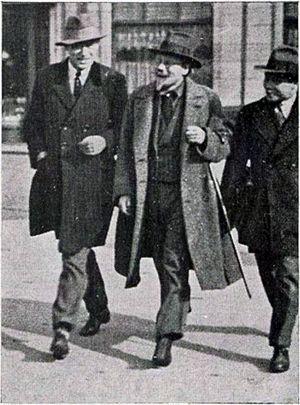 H. A. Sinclair de Rochemont - H.A. Sinclair de Rochemont (right) in 1929