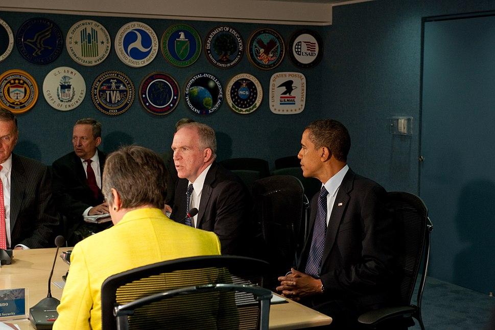 FEMA - 41223 - President Obama visits FEMA headquarters