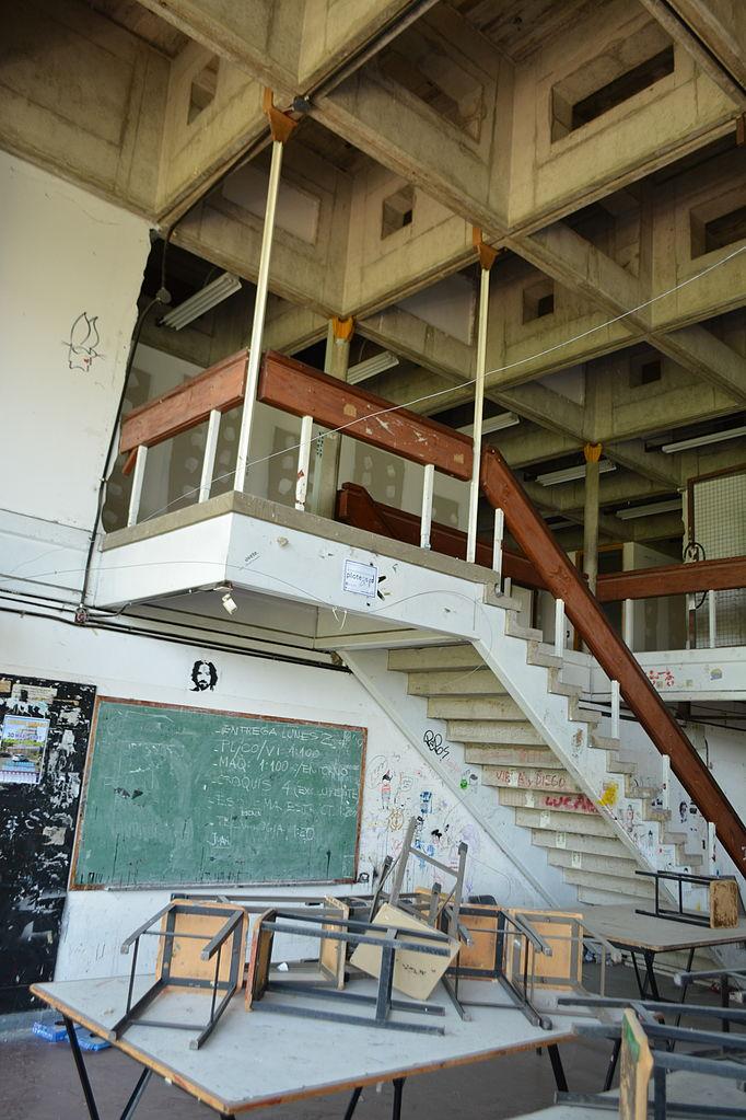 File facultad de arquitectura dise o y urbanismo - Arquitectura de diseno ...