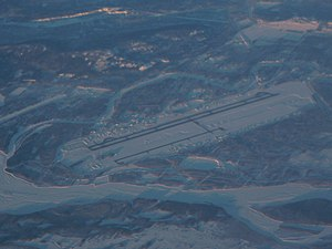 Fairbanks Airport - aerial view - P1040584.jpg