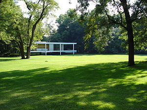 Farnsworth House - View from the park